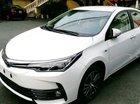 Cần bán Toyota Corolla 1.8 AT sản xuất 2018, màu trắng