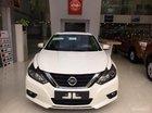 Cần bán Nissan Teana 2.5 SL sản xuất năm 2017, màu trắng, xe nhập