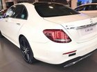 Cần bán Mercedes E300 đời 2018, màu trắng, giá tốt