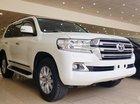 Bán Toyota Land Cruiser VX sản xuất 2016 màu trắng, đăng ký tên cá nhân