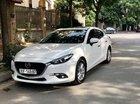 Cần bán lại xe Mazda 3 1.5 Facelift đời 2017, màu trắng, giá tốt