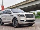 Bán Lincoln Navigator Black Label màu trắng nội thất Nâu đỏ, xe sản xuất 2018, nhập khẩu nguyên chiếc mới 100%