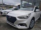 Bán Hyundai Avante 1.4MT Base 2018, màu trắng