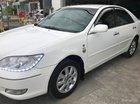 Cần bán lại xe Toyota Camry 2.4G 2002, màu trắng