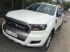 Bán Ford Ranger XLS 2.2 AT 2016 màu trắng, xe lướt 30.000km