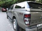 Cần bán Ford Ranger XLT năm 2017, màu bạc