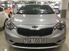 Cần bán Kia K3 MT năm sản xuất 2016, màu bạc, giá tốt