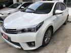 Cần bán gấp Toyota Corolla altis đời 2017, màu trắng số tự động