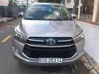 Bán Toyota Innova 2.0 E năm sản xuất 2016, màu bạc số sàn
