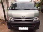 Cần bán xe Toyota Hiace sản xuất năm 2012, màu bạc ít sử dụng