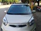 Cần bán xe Kia Picanto sản xuất 2013, màu trắng số tự động, giá tốt