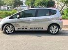 Cần bán lại xe Honda FIT 1.5 AT sản xuất 2009, màu bạc chính chủ, giá tốt