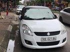 Cần bán lại xe Suzuki Swift 1.4AT đời 2015, màu trắng xe gia đình