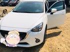 Bán xe Mazda 2 AT năm sản xuất 2017, màu trắng, 540tr
