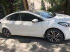 Cần bán xe Kia Cerato 1.6 AT đời 2017, màu trắng chính chủ