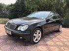 Bán ô tô Mercedes C240 sản xuất năm 2004, màu đen còn mới, 250 triệu
