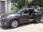 Cần tiền bán gấp xe Kia Sedona 2016, tự động, máy dầu full option