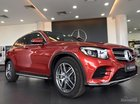 Bán ô tô Mercedes GLC300 năm 2018 mới, màu đỏ, giao xe toàn quốc