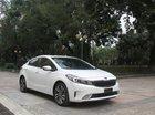 Cần bán lại xe Kia Cerato 2.0AT năm sản xuất 2017, màu trắng