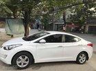 Cần bán gấp xe Hyundai Elantra 2013. Xe số sàn màu trắng