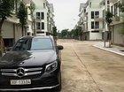 Chính chủ bán xe Mercedes GLC300 sản xuất 2017, màu đen