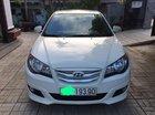 Bán Hyundai Avante đời 2015, màu trắng số sàn, 406tr