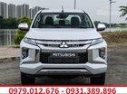 Gía xe Mitsubishi Triton 4x2 AT đang khuyến mại khủng. Liên hệ 0979012676 để có giá tốt nhất tại Mitsubishi Vinh