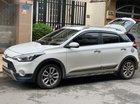 Cần bán xe Hyundai i20 Active đời 2016, màu trắng số tự động, giá 530tr