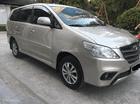 Bán Toyota Innova E năm sản xuất 2015, vàng cát. Anh Nhưng, liên hệ 0981662851