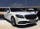Cần bán Mercedes đời 2018, màu trắng, nhập khẩu nguyên chiếc