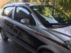 Cần bán Chevrolet Spark MT đời 2009, màu bạc, nhập khẩu, xe đẹp