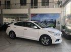 Bán Hyundai Accent 1.4L MT Base đời 2018, màu trắng, mới 100%