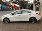 Cần bán lại xe Kia K3 1.6 AT năm sản xuất 2015, màu trắng, giá 538tr
