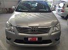 Cần bán xe Toyota Innova 2.0V 2013, màu bạc giá rẻ