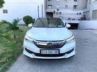 Cần bán gấp Honda Accord sản xuất 2018, số km 17.000km