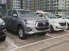 Bán ô tô Toyota Hilux đời 2018, màu bạc, nhập khẩu, giá 695tr