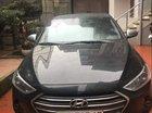 Chính chủ bán Hyundai Elantra sản xuất 2017, màu đen, xe nhập