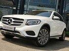 Cần bán xe Mercedes GLC250 màu trắng, nội thất nâu ở Nha Trang khánh Hòa, giao xe ngay chơi tết