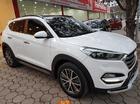 Cần bán Hyundai Tucson năm 2016 màu trắng, giá 915 triệu nhập khẩu