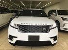 Range Rover Velar R Dynamic SE model 2018 mới 100%, màu trắng, xe giao ngay. LH: 0906223838