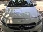 Bán Mercedes 200 đời 2015, màu trắng, xe odo 40,000 km