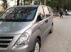 Cần bán gấp Hyundai Starex đời 2015, màu bạc, xe nhập