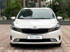 Cần bán xe Kia Cerato 1.6 AT 2017, màu trắng, giá tốt