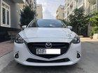 Bán xe Mazda 2 mode 2017, số tự động, màu trắng, biển TPHCM