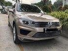 Bán Volkswagen Touareg 2016, xe đăng ký mới 2018-xe còn bảo hành 1 năm