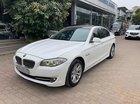 Cần bán BMW 5 Series 520i đời 2012, màu trắng, bảo hành đầy đủ trong hãng còn mới 95%