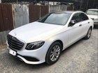 Cần bán Mercedes E200 đời 2016, màu trắng như mới