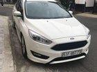 Bán Ford Focus sản xuất năm 2016, màu trắng, xe còn mới
