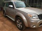 Cần bán gấp Ford Everest năm 2010, màu vàng