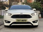 Cần bán Ford Focus năm 2016 màu trắng, giá tốt
